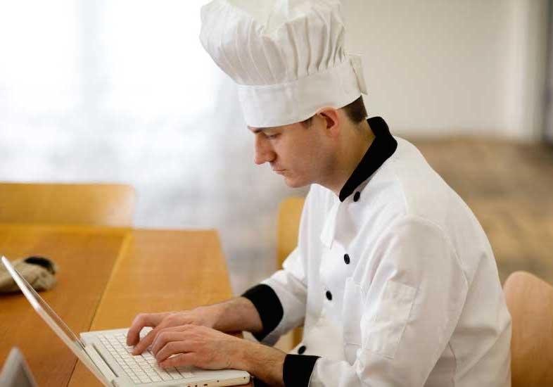Cuando el restaurante que buscas por internet y reservas, te busca a ti de vuelta.